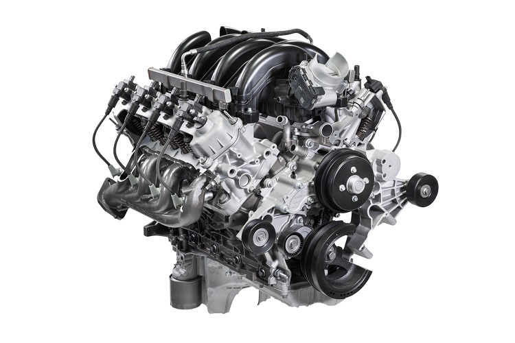 最新モデルは7.3L V8エンジンを搭載。時代と逆行し6.8Lから7.3Lへと排気量を上げた。そしてOHVを採用。耐久性と整備性を重視した結果、こうなった(Photo:Ford Mortor Company)