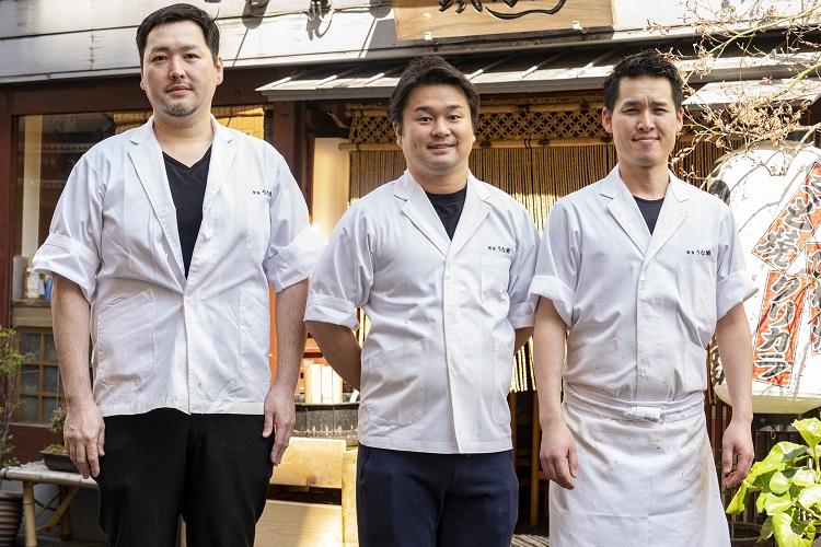 左から佐藤信さん、3代目店主の花澤健太さん、堀江俊吾さん