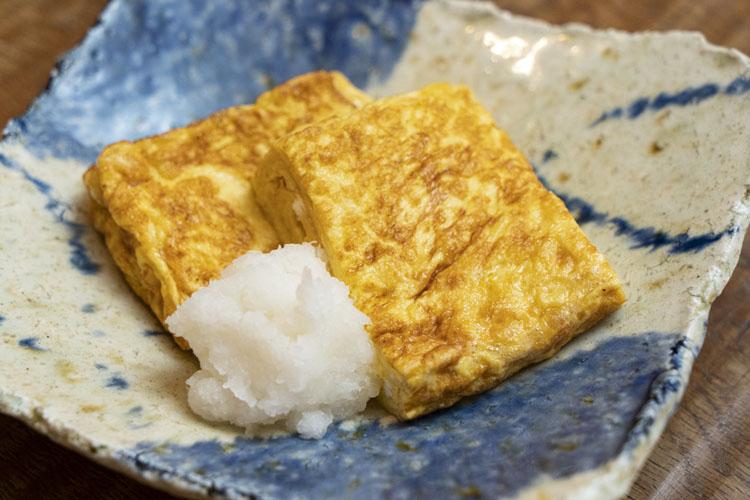 まんべんなくついた焼き色が美しい「卵焼き」600円