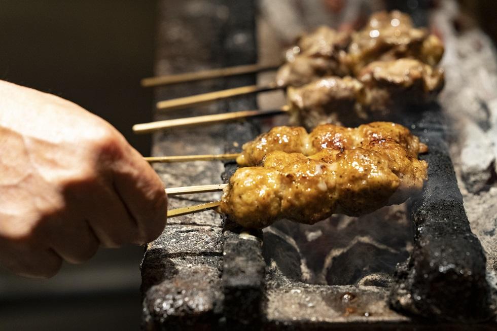 「焼き鳥の概念が変わった……」大御所シェフが感動した鶏料理の名店