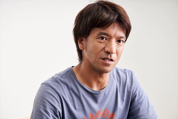 パタゴニアでマーケティングを担当する八木康裕さん。自身でも「トレントシェル3Lジャケット」を愛用しているという