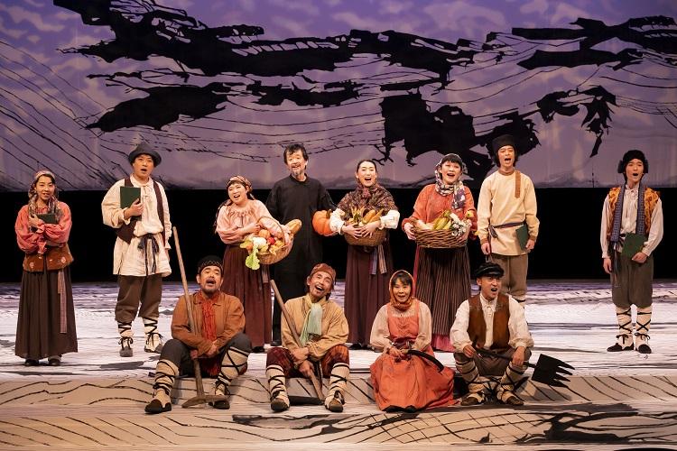 オペラ『イワンのばか』より=提供:オペラシアターこんにゃく座、撮影:前澤秀登