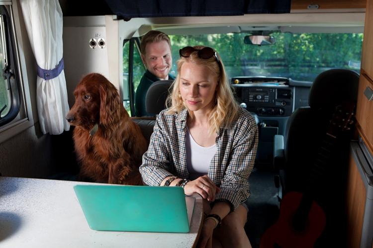 ペットも家族の一員、一緒に楽しむキャンピングカー旅で気をつけたいこと