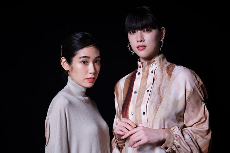 三吉彩花×阿部純子 映画『Daughters』で見せた、令和を生きる20代の女性像