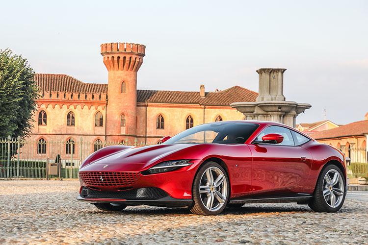 最新フェラーリ「ローマ」にイタリアで乗る 新オーナー像の予感
