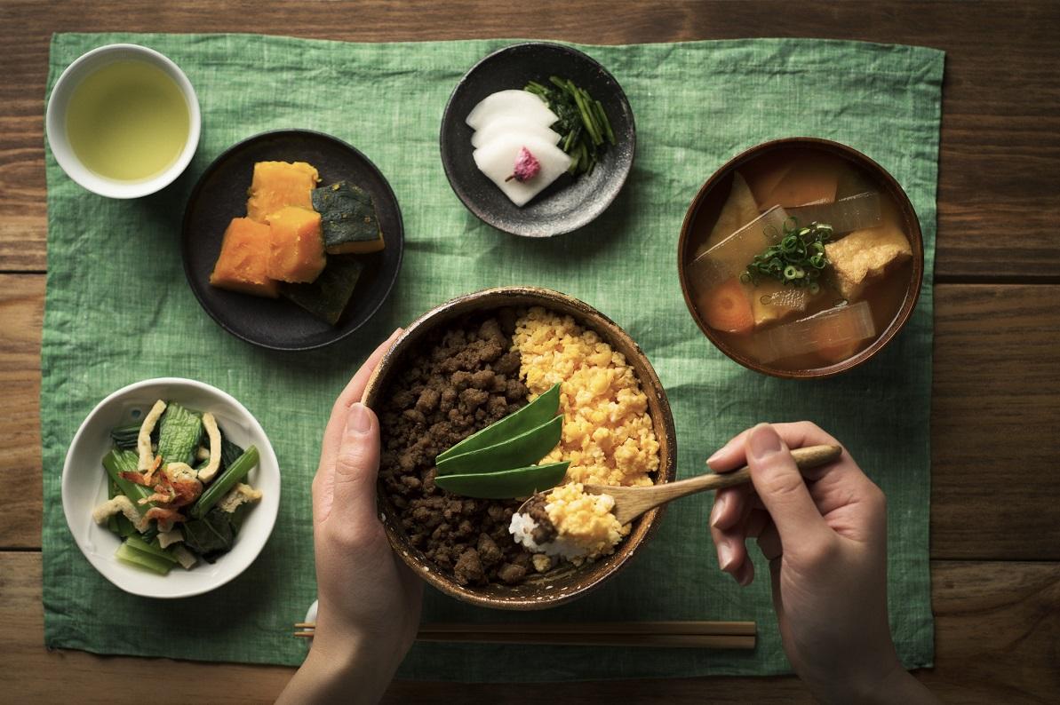 巷に溢れる「日本の食はすごい」説 ありがたがる根拠はどこに……?