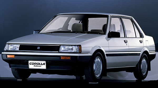 大きくコンセプトを変えた5代目 トヨタカローラ