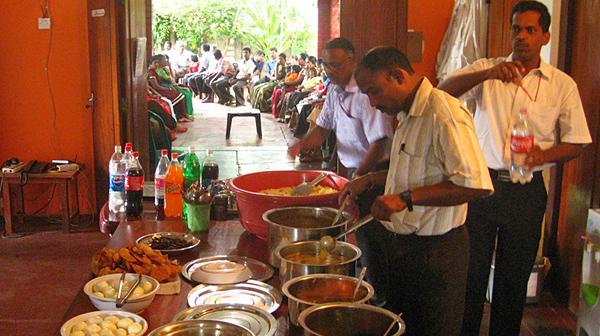 スリランカ内戦の古傷を癒やす 忘れ得ぬ伝統カレー