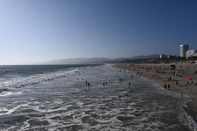 桟橋からサンタモニカ・ビーチを撮る