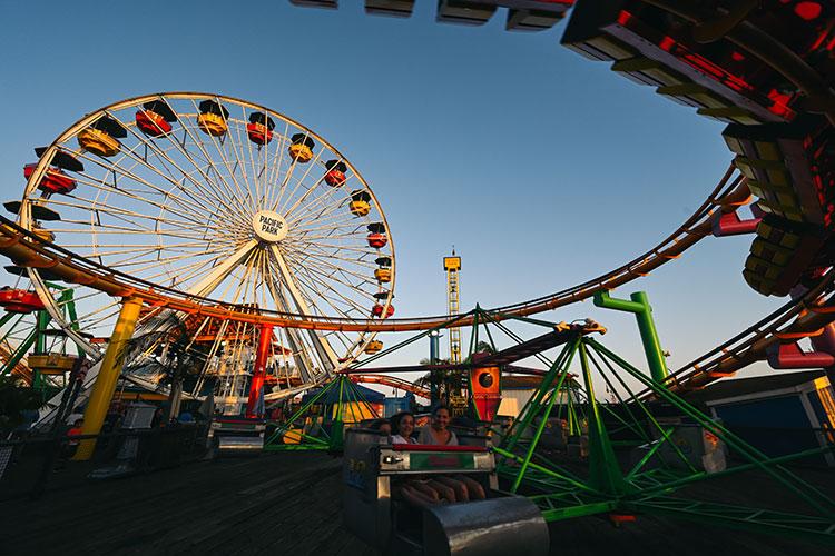 人気の観光スポット「サンタモニカ・ピア」にある遊園地「パシフィック・パーク」