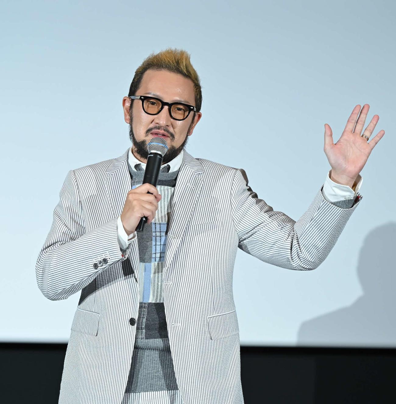 中村獅童、日本初導入3面ライブスクリーンお披露目「超歌舞伎がはしり」