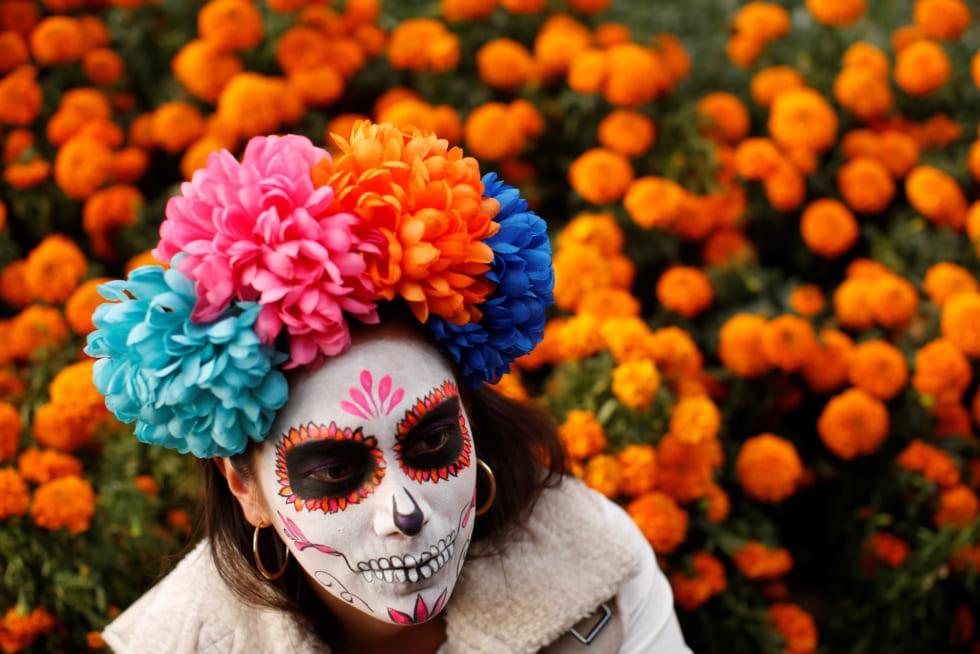 街に骸骨があふれる!メキシコ「死者の日」