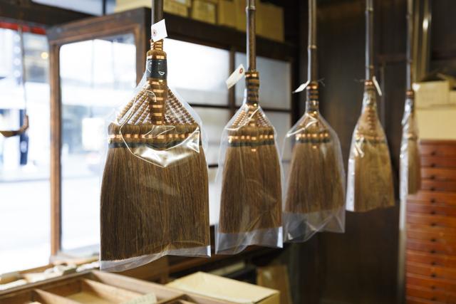 一年の終わりに暮らしを整える 京都「内藤商店」の掃除道具