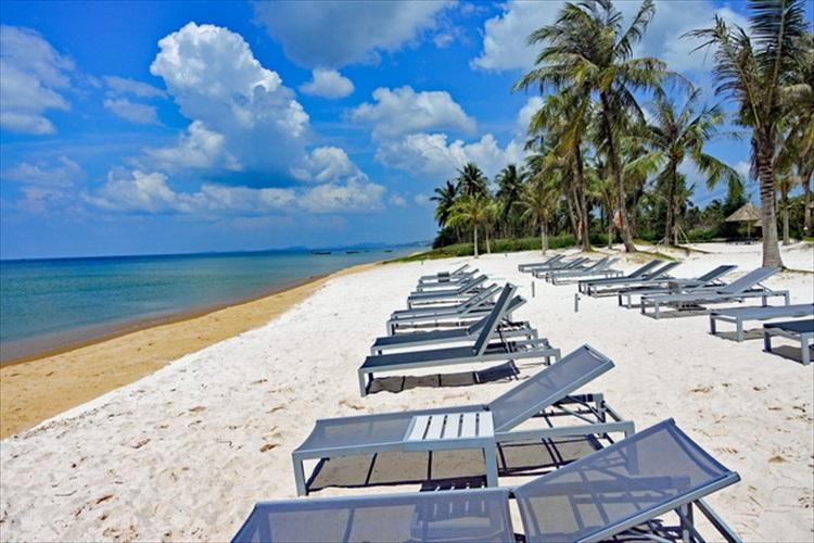 ベトナムでは貴重な水平線のサンセットを求めてフーコック島へ