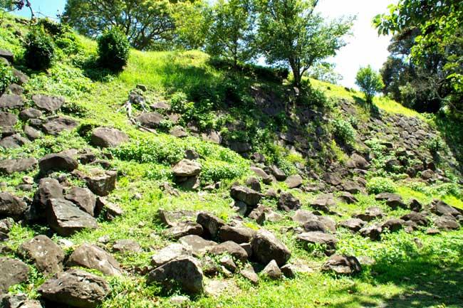 本丸南面の石垣