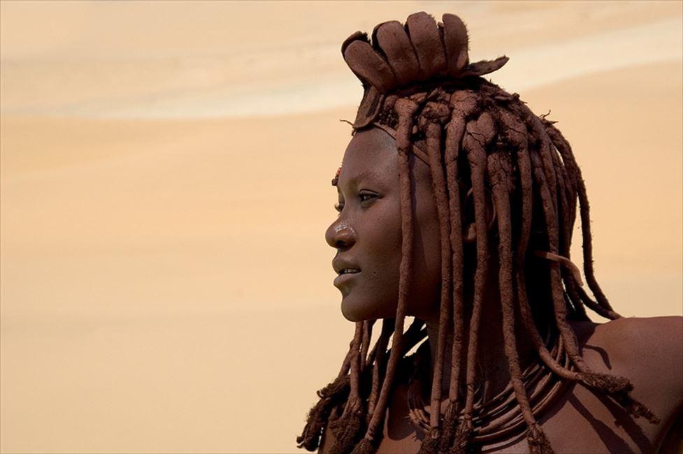 ヒンバ族の女性は実に美しい ©Wilderness Safaris