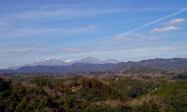 晴れていれば九重連山が見渡せる