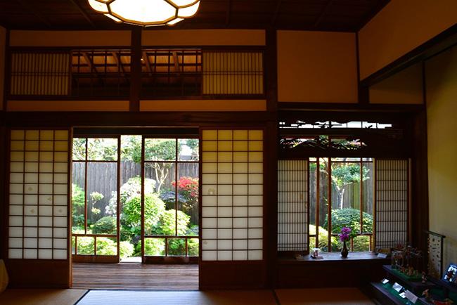 美しい日本家屋の風景は目からも癒される