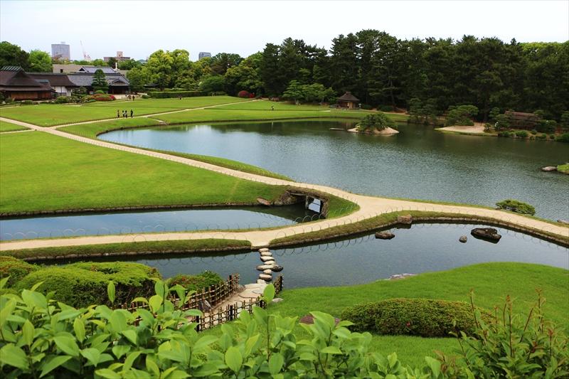 明るくて広やかな日本三名園の岡山後楽園