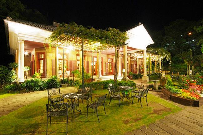旧オルト住宅。夜間開園期間中はライトアップされていっそう美しい(画像提供:グラバー園)