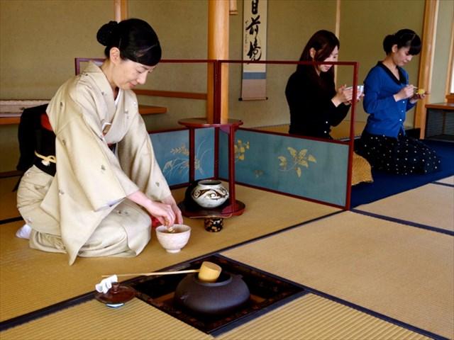 美術館の中にある茶室「古香庵」でいただくお茶とお菓子は格別(写真/細見美術館)