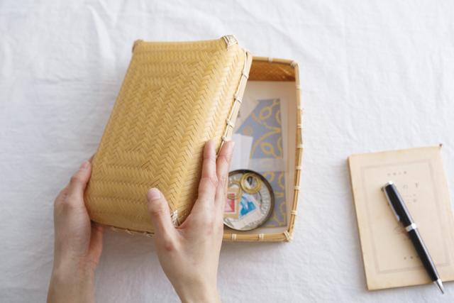 「白竹あじろ弁当箱」(16,200円・税込み)は小物入れにも