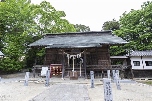 藩主・相馬家の氏神、相馬中村神社の26年ぶりの式年遷宮に伴い6月16日、遷宮祭が行われた。当日は野馬追行列が市内を巡行。15日は宵宮祭、17日には稚児行列も華を添えた