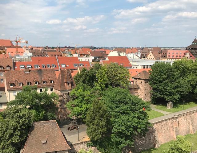 ホテルの最上階から、ニュルンベルク旧市街を見渡す