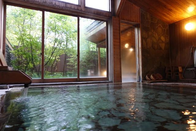 男女別大浴場は内湯と露天風呂がある