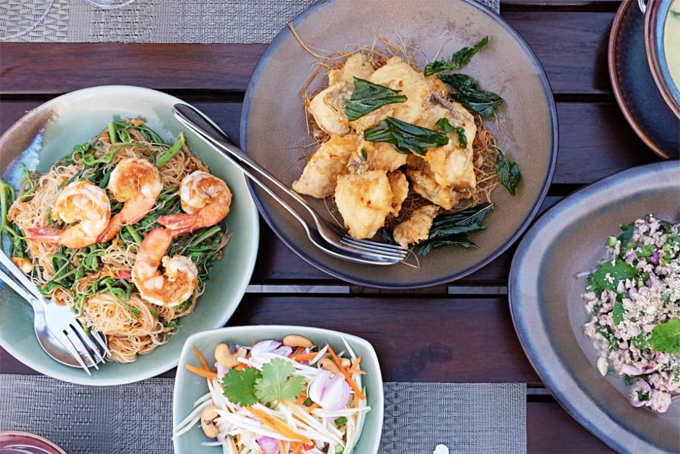 タイ・バンコクで屋台村から星付きレストランまで食べ歩きたい!