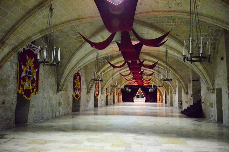 騎士団施療院(病院)の内部