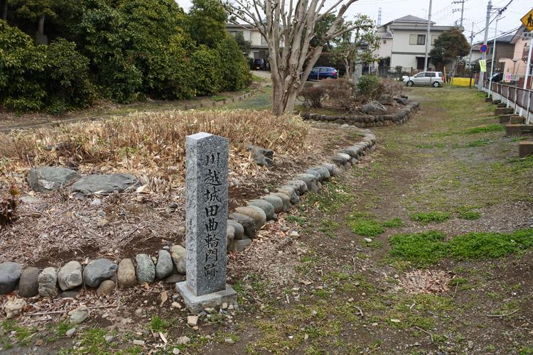 富士見櫓は本丸南西隅にあり、南側には田曲輪があった