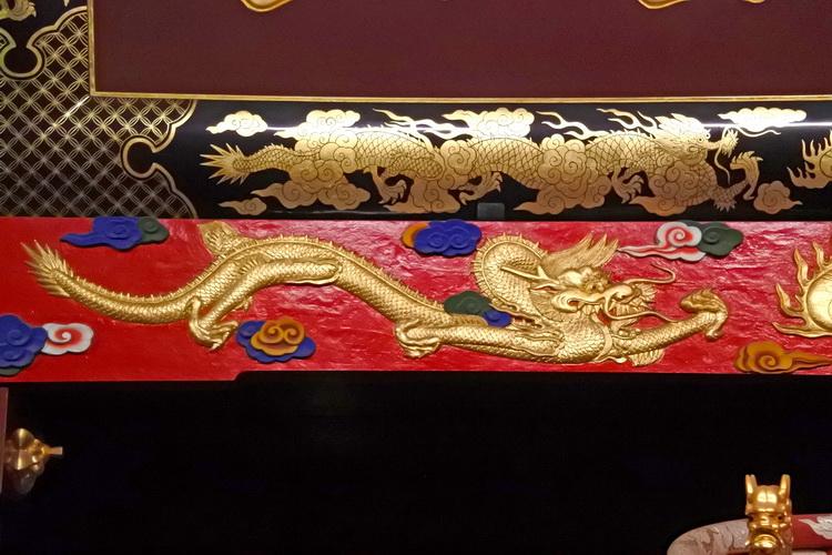 琉球王朝の文化を反映する、正殿の外壁塗装とデザイン 首里城(2)