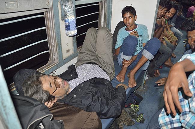 〈クリックディープ旅〉 世界の長距離列車に乗る インド・ヴィベクエクスプレス編(3)