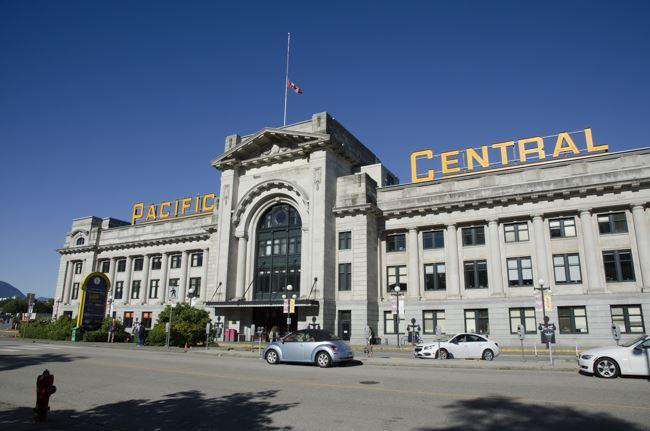 座ったままで4泊5日 世界の長距離列車・カナダ大陸横断鉄道編(1)