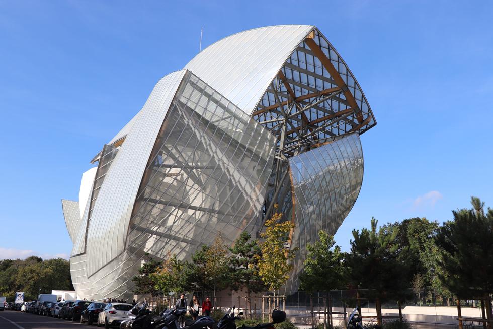 オープンしたてのイヴ・サンローラン美術館へ パリ アート旅(1)<フォトギャラリー>
