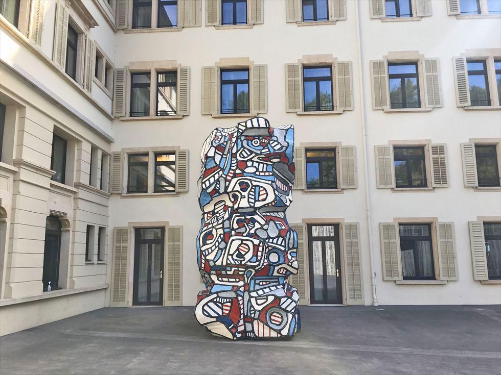 アンディ・ウォーホルがお出迎え、チューリヒのアートホテルがおもしろい