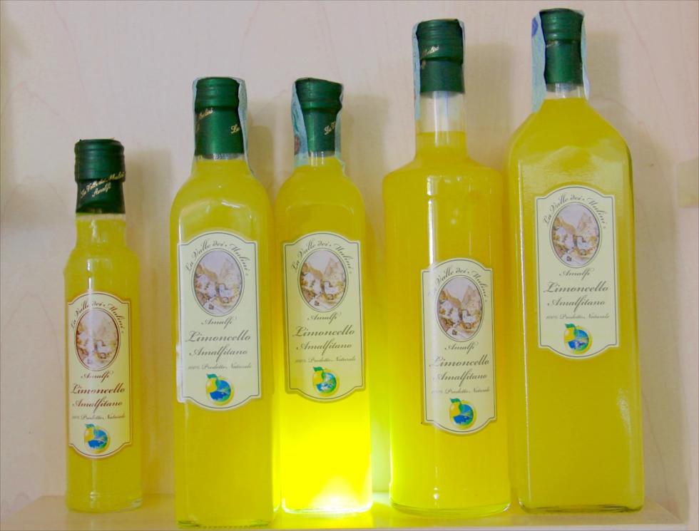 レモンとスタインベックとサンダル 世界遺産「アマルフィ海岸」