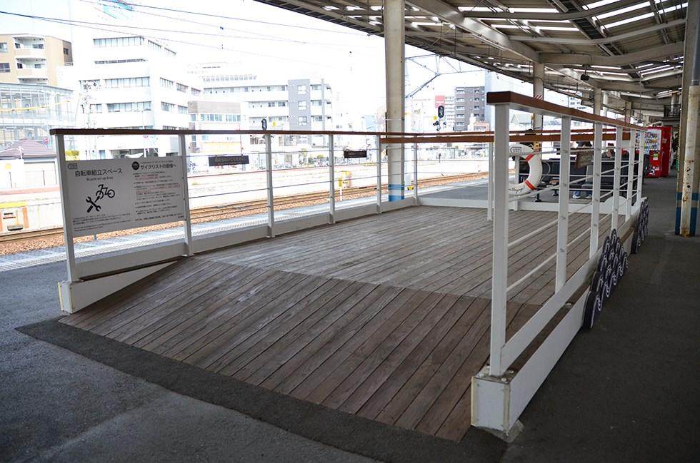 観光列車「ラ・マル せとうち」に乗って、直島へ ちょっと特別な春旅