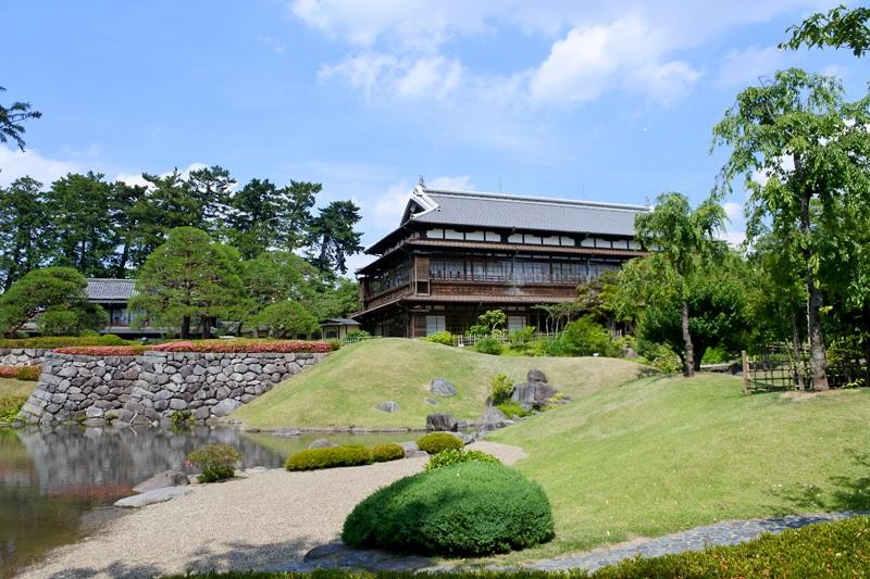 県庁から臨江閣、城門跡へと時間旅行 前橋城(2)