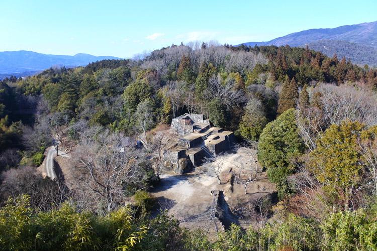 本丸口門から見下ろす大矢倉。城内でも人気の撮影スポットだ