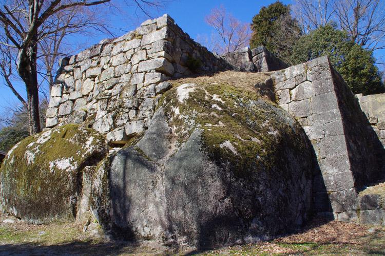 大矢倉の石垣。迫力満点だ