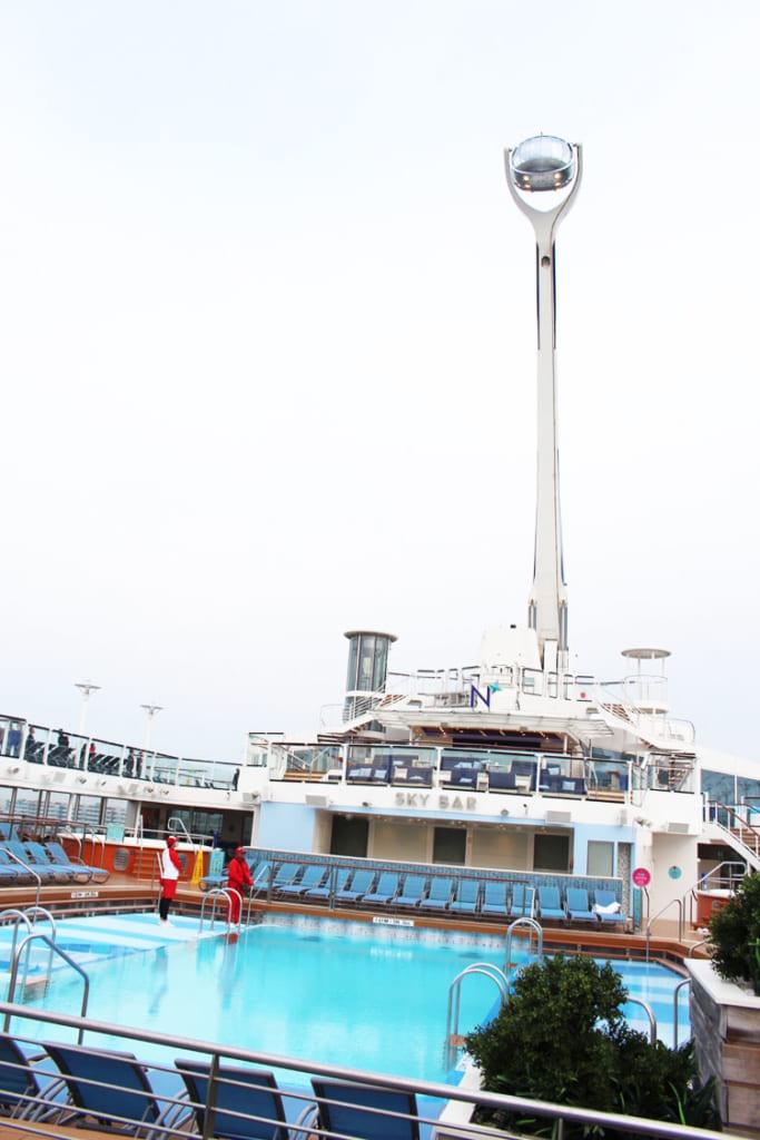 洋上で一番高い展望デッキとしてギネスに登録されている「空中遊覧カプセル」