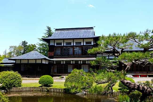 上杉伯爵邸で郷土料理を味わい、伊達政宗の生誕地を探る 米沢城(2)