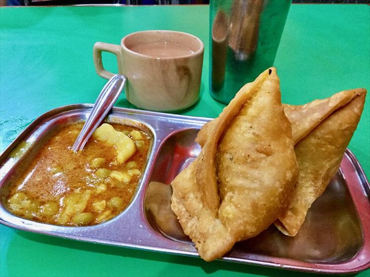 ホテルや食事は? インドの異世界「シッキム」の旅03