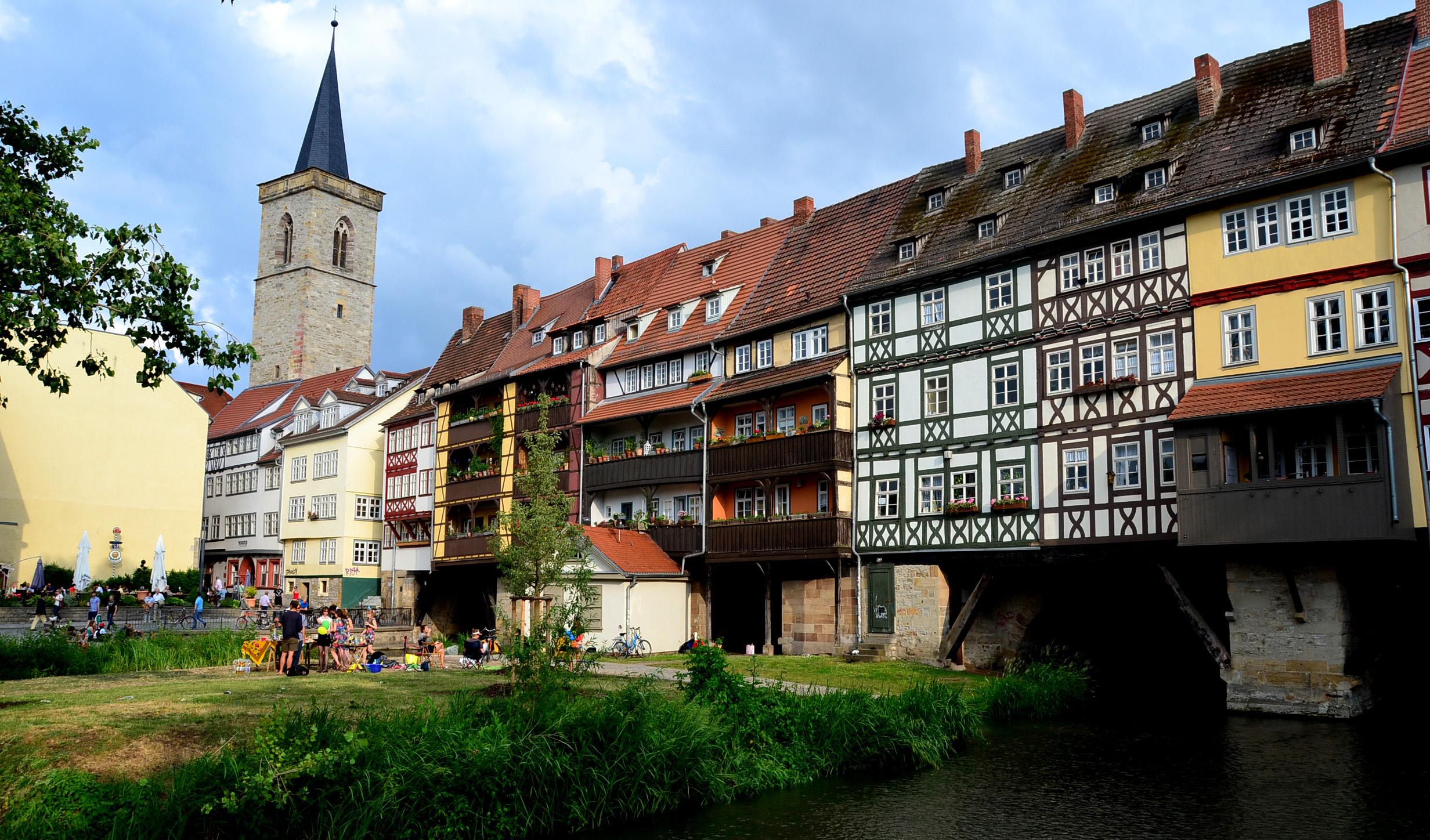 美しい街に残る東ドイツ時代の遺産 壁と自由 ドイツ・エアフルト