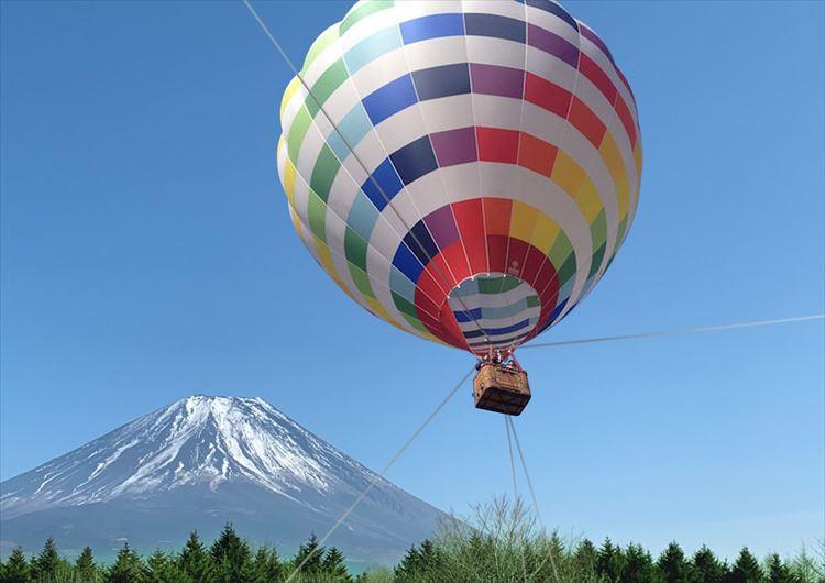 見ごろを迎えた富士の芝桜。富士急ハイランドも花イベント競演