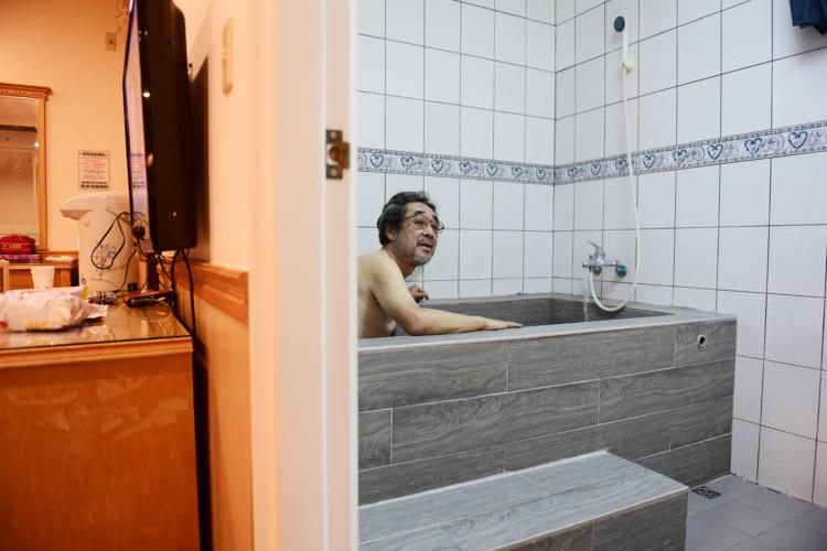 泰安温泉から廬山温泉へ、旅行作家・下川裕治が行く、台湾の超秘湯旅3