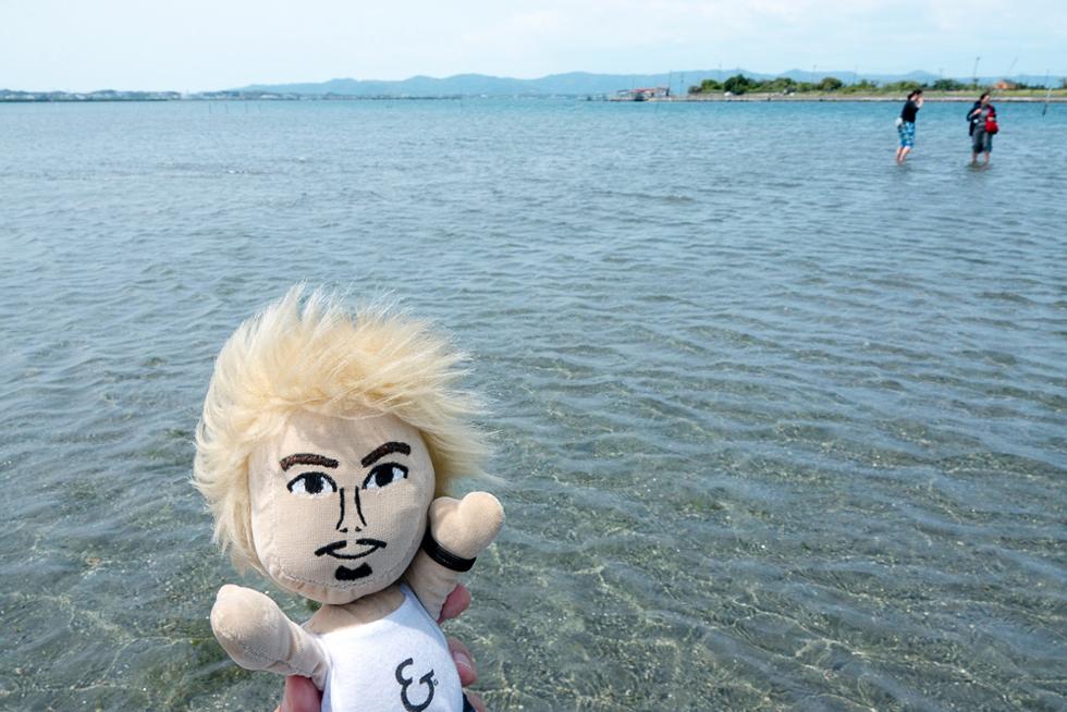 浜名湖の中心で愛を叫ぶ? 花とウナギと夕焼けを巡る浜松の旅