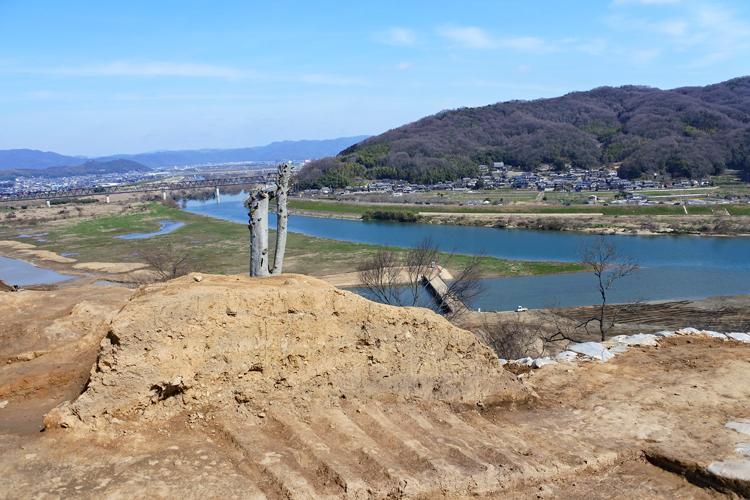 440年の眠りから覚め、まもなく消える山城 岡山県・南山城